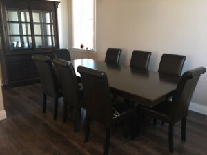 Beautful Large Dining Room Table