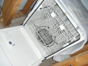 INGLIS under-counter Dishwasher *new/never installed