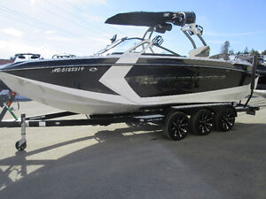 2016 Nautique Super Air G23 - LOADED 550 ENGINE ONLY 114 HRS!
