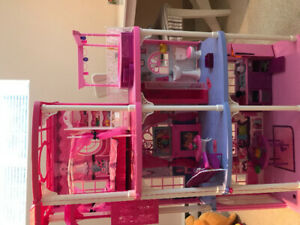Maison de Barbie Dream house et +++