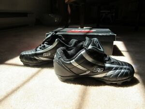 Youth Soccer cleats. Size 11.5