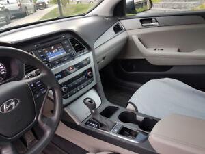2015 Hyundai Sonata GL, mags, bluetooth, back cam.
