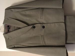 Woman's Pant Suit - size 16