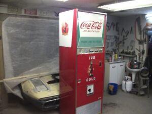 machine distributrice coke coca cola