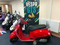 Vespa GTS300 Super HPE 2019 (19)