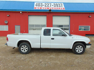 2003 Dodge Dakota Sport Pickup Truck , 75% Tires V6 AUTO