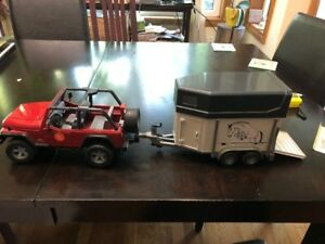 Jeep with Horse Trailer - Toy