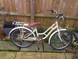 Dutch Style Ladies Bike, Serviced, Free Lock/Lights/Delivery