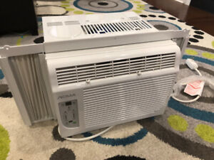 NOMA air conditioner from Canadian Tire - like new