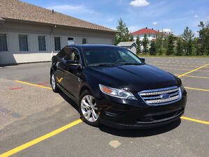 2012 Ford Taurus Berline - EXCELLENTE CONDITION - BAS KM