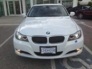 2011 BMW 3-Series 328i xDrive premium package