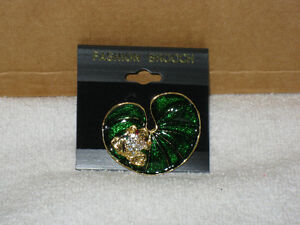 BROOCH - FROG ON LILY PAD - BRANDNEW - CHECK IT OUT!