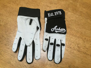Ladies Leather Curling Gloves