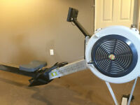 Indoor Rower Concept II - Almost new - Because moving