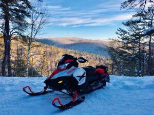 ** REDUCED** 2016 Ski-doo 1200X Renegade 137''