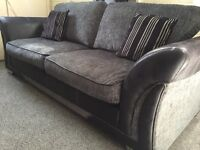 STUNNING LUXURY DFS MODERN FABRIC 3 & 2 SOFAS - IMMACULATE CONDITION