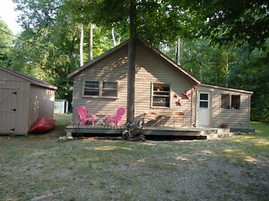 Great Summer Cottage with Water View - McIntee Sauble Beach