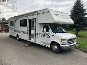 2000 FORD CHATEAU 33ft RV ONLY 76000 KMS