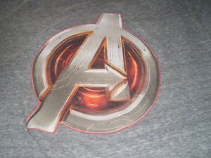 Avengers T-Shirt - Marvel - Size Large - Nice! London Ontario image 3
