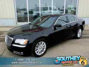 2014 Chrysler 300 AWD - Fully Loaded