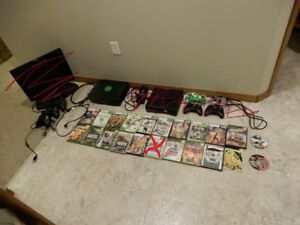 A Xbox 360 kinect, Original xbox and games for both