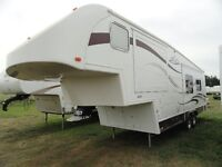 2006 Legacy 292 Kustom Koach 5th wheel with 2 Slides
