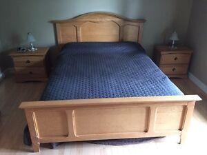 Base de lit double ou queen à vendre