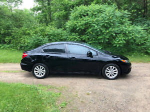 Black Honda Civic EX 2012