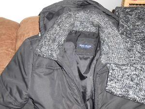 "Manteau ""jacket"" noir Saint-Hyacinthe Québec image 2"