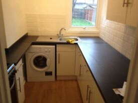 RENT LARGE DOUBLE ROOM FOR OCT IN EAST HAM