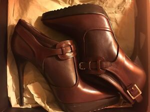 Burberry Women's Platform Ankle Boot US SIZE 9.5