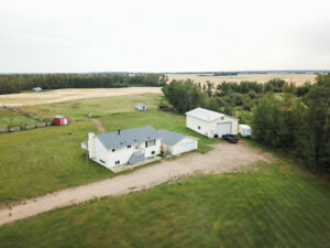 Private 8.18 acres w/ 30X50 SHOP 30 minutes to Sherwood Park
