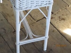 ANTIQUE  WHITE WICKER PLANT STAND Peterborough Peterborough Area image 1