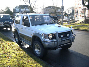 94 Mitsubishi Pajero 5spd Manual 2.8 L Turbo Diesel Inter-cooled