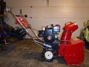 MTD 5/20 SnowFlite Single Stage Snowblower