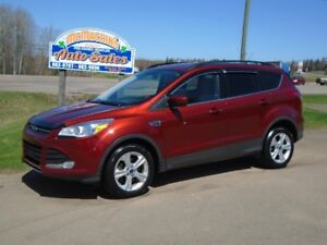 2014 FORD ESCAPE SE***4WD***HEATED SEATS***NEW TIRES***