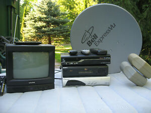 3 Satellite Receivers / 12 Volt TV / Bell Sat. Dish