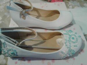 souliers pour fille pointure 7 et pointure 8