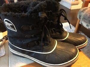 EUC Sorel Winter boots.   Ladies 10