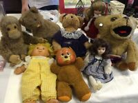 Vintage dolls and teddies job lot