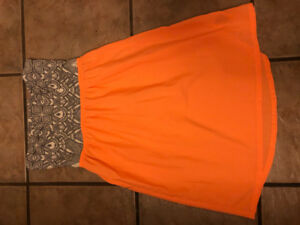 Roxy dress-size medium-mint condition