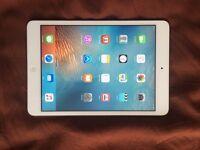 iPad mini 32GB Silver very good condition