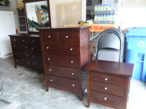Table bureau kijiji in ottawa gatineau area. buy sell & save