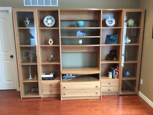 NeoSet Wall Unit