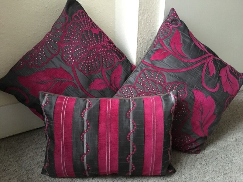 Pink Grey Sparkle Cushions in Eastleigh Hampshire  : 86 from www.gumtree.com size 800 x 600 jpeg 76kB