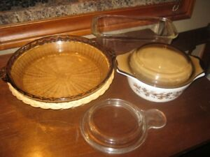 Pyrex Lot + 3 microwave glass pcs.
