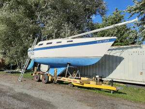 ONLINE AUCTION: Tanzer 28 in Good Shape! Ends September 22, 2019