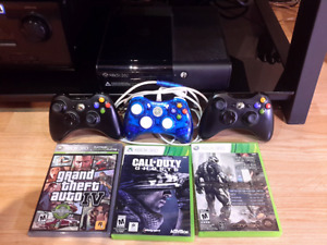 Xbox 360, 3 controllers,  call of duty ghosts, gta 4,crysis 2