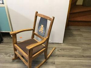 Chaise berçante por enfant