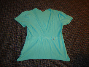 Ladies Size M/M Short Sleeve Knit Dress Shirt Kingston Kingston Area image 1